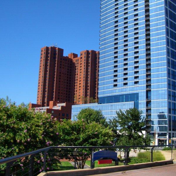 Baltimore Light St Building.jpg